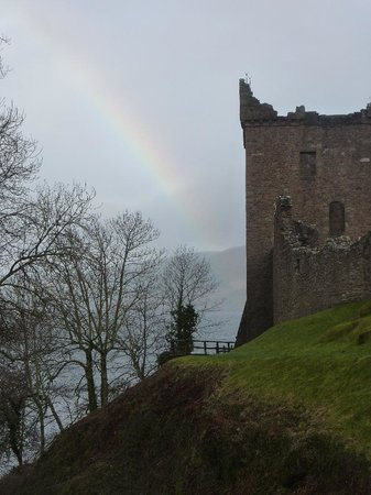 Urquhart Castle: Rainbow by Grants Tower.