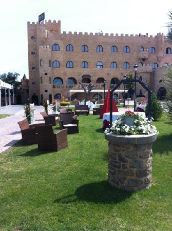 Hotel Castillo Bonavia: Jardines del Hotel