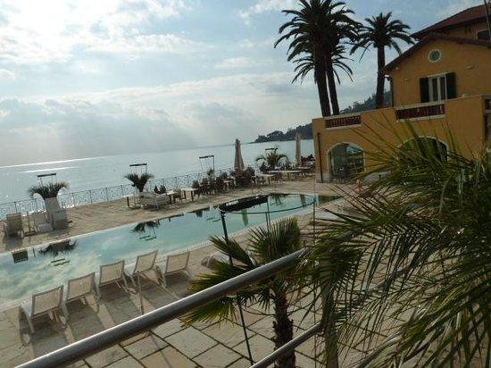 Hotel Villa Eva Restaurant and Beach