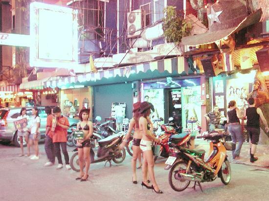 Walking Street Pattaya: Walking street