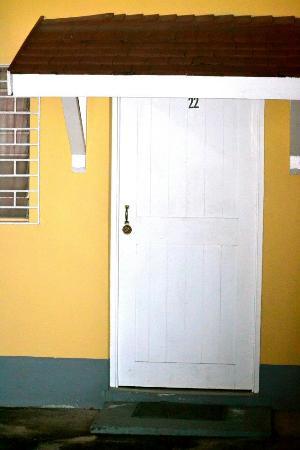Little Shaw Park Guest House : My room door