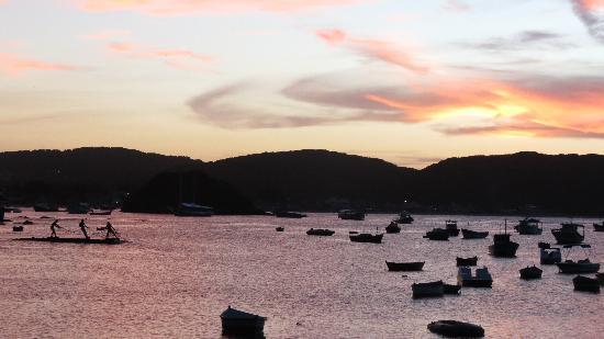 L'Escale Tantra Restobar : Vue sur le port à Buzios
