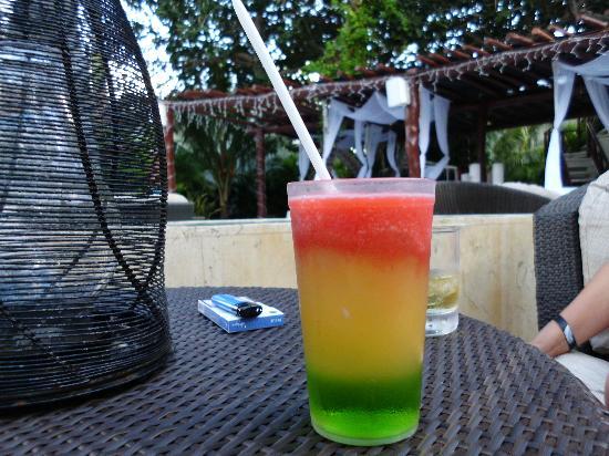 Desire Riviera Maya Resort : trago llamado riviera maya