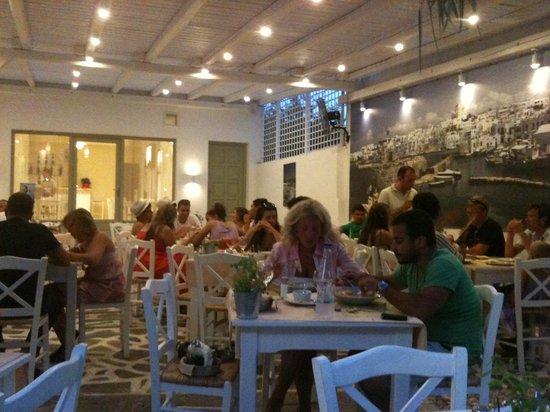 Piatsa Restaurant: familiar place...