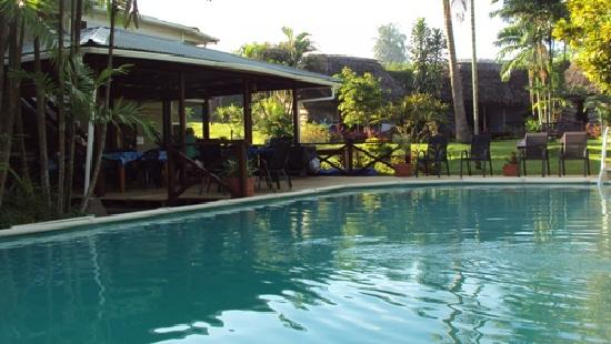 Samoan Outrigger Hotel: Pool / Breakfast area