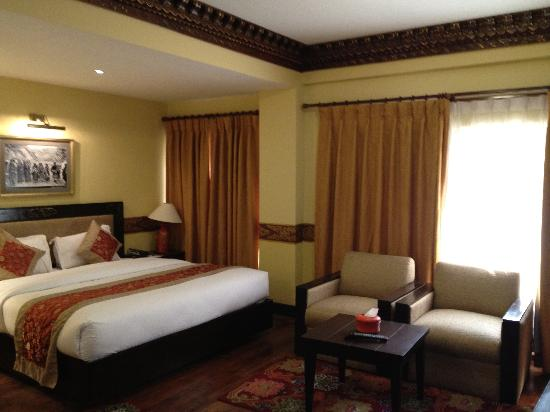 Hotel Tibet International: Tastefully decorated room