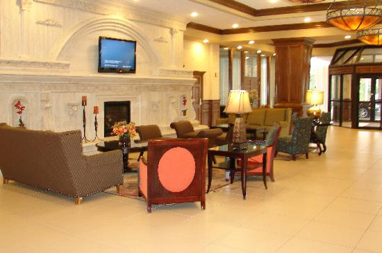 Decatur Conference Center and Hotel: Lobby