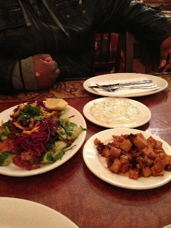 Kervan Sofrasi: Salads