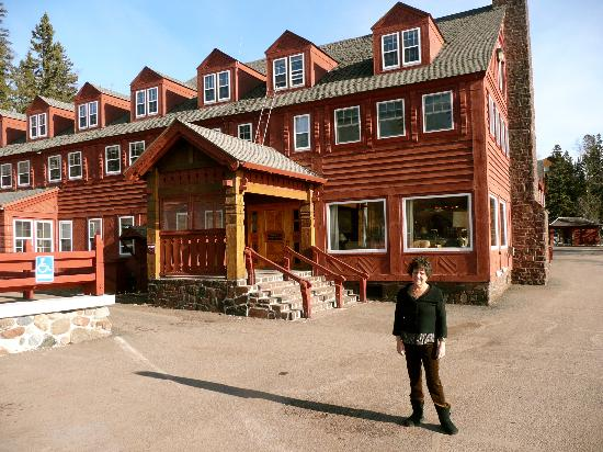 Lutsen Resort on Lake Superior: outside the lodge