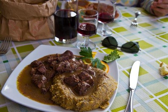 Brunate, Italia: Wild boar with polenta