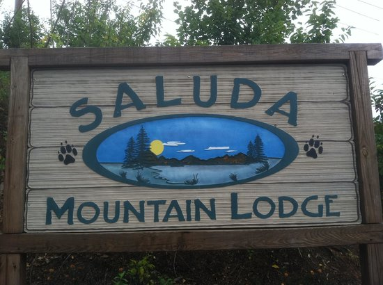 Saluda, Carolina del Norte: Main entrance sign