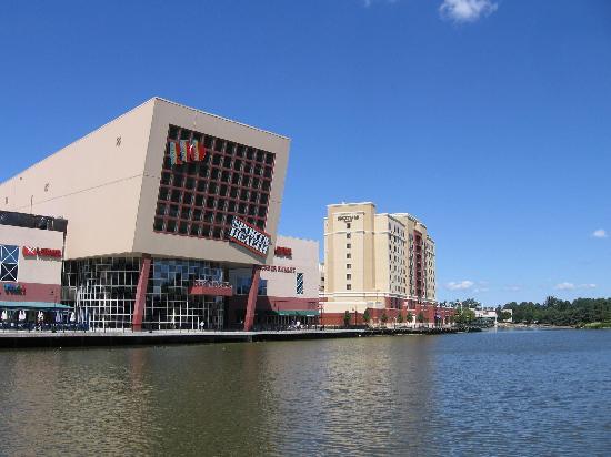 Rio maryland movie theater