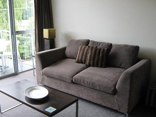 Whistler, The Chancellor - Queenstown: Lounge Unit 18