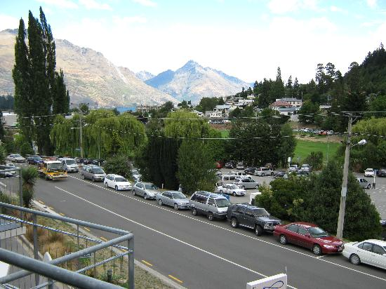 Whistler, The Chancellor - Queenstown: View from balcony