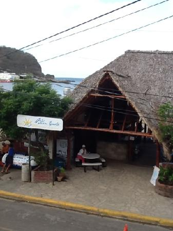 La Estacion: view from room facing the beach