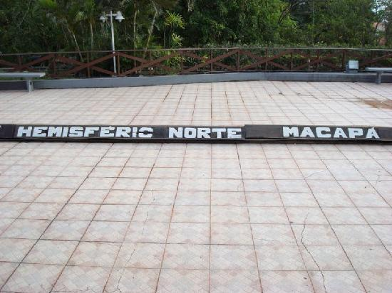 Macapa, AP: Marco Zero - Hemisfério Norte