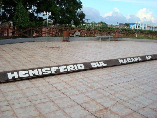 Macapa, AP: Marco Zero - Hemisfério Sul