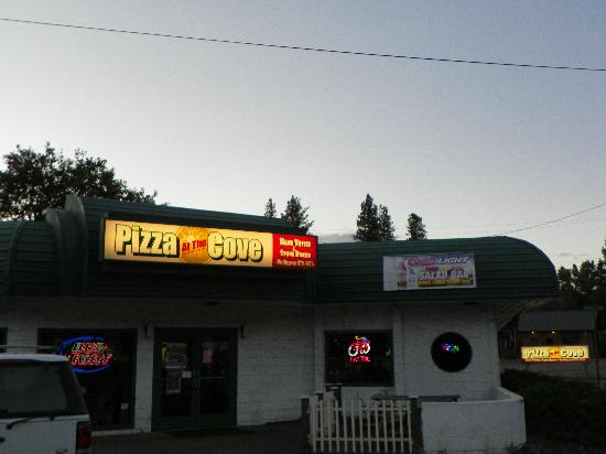 Pizza @ the Cove
