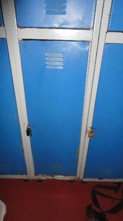 1949 Hostel: armários pequenos em más condições