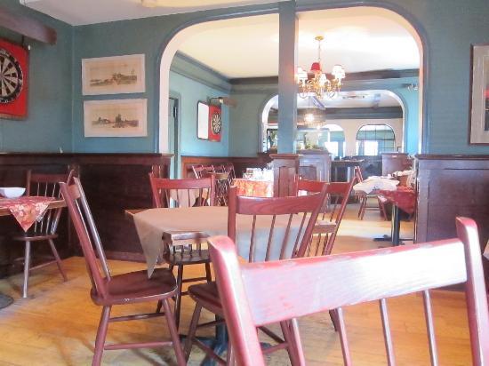 Inn of the Hawke: Breakfast Room