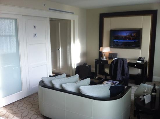 Rosewood Hotel Georgia : Beautiful Room!