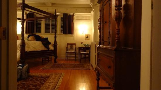 Olcott House Bed and Breakfast Inn: Refined romance...