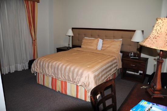 S.J. Suites: Junior Suite