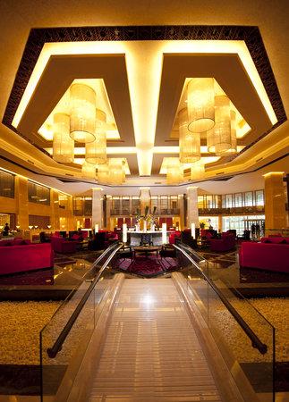 Hilton Beijing Capital Airport lobby