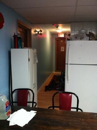 Revelstoke Hostel: no place for dirty footwear from outside. left puddles in the kitchen area