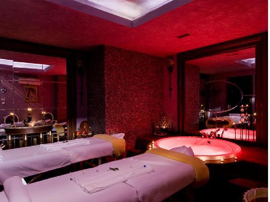 Отель Риксос Алматы: Massage Room