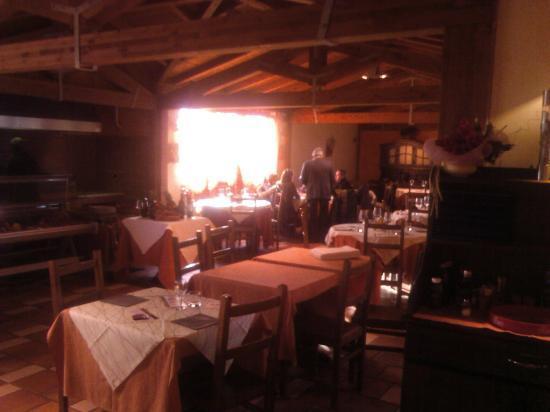 Casale Amasona: Sala interna