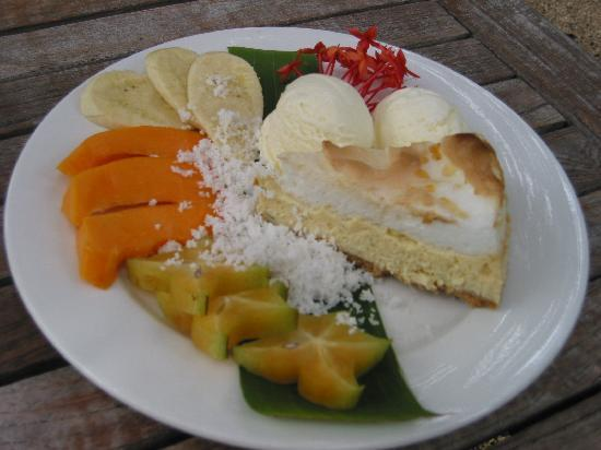The Hidden Spirit Cafe & Grill: The cheesecake