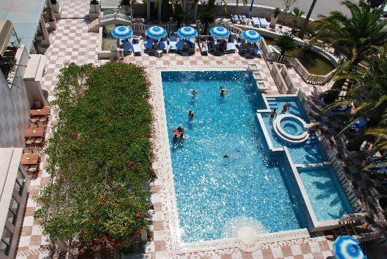 Mediteran Hotel & Resort: Outdoor pool