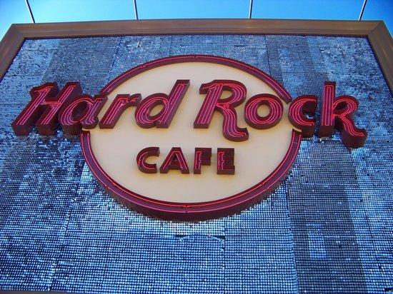 Hard Rock Cafe: Sign