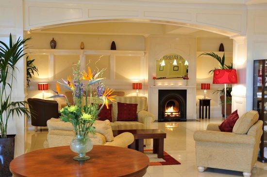 كيلارني ريفرسايد هوتل: hotel lobby
