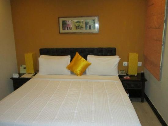The Richmond, Puducherry : Hotel Bedding