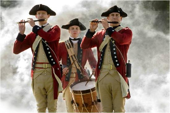 Josiah Chowning's Tavern: Fife and Drum