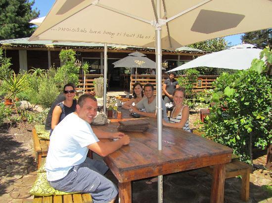 Zucchini Restaurant: Just enjoying the sunshine
