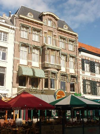 Hotel – Grand Café Atlanta: Htl Atlanta at the Grote Markt in Nijmegen
