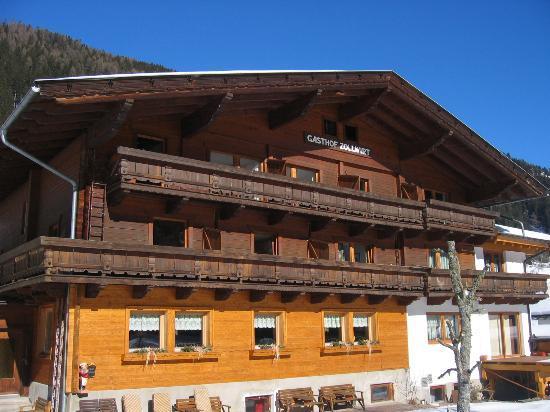 Alpengasthof Zollwirt: Ansicht vom sonnigen Süden