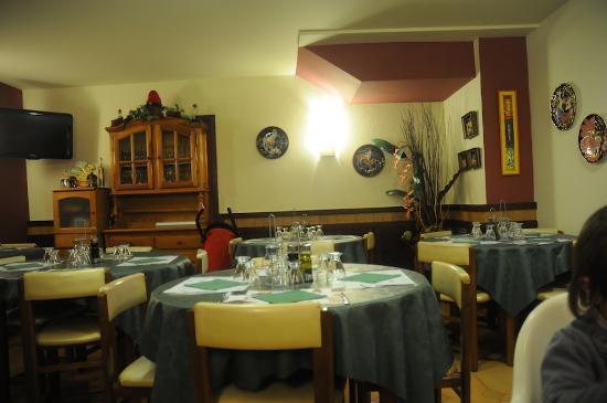Hostal La Barretina: main room