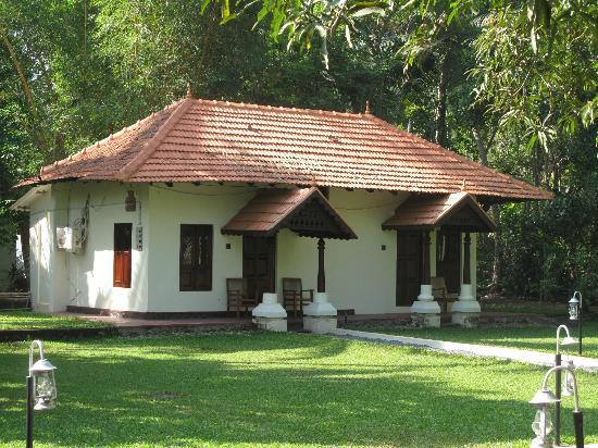 Akkarakalam Memoirs: bungalow with two rooms