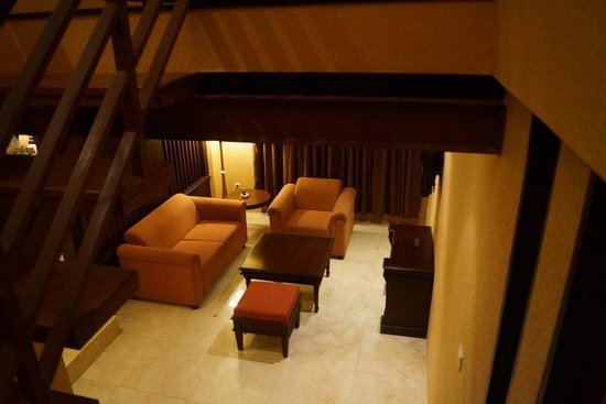 The Palais Dago Hotel : part of family room