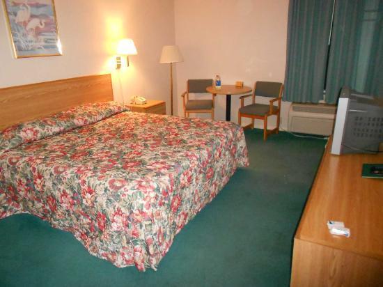 Riverside Inn: Panorámica de la habitación 1