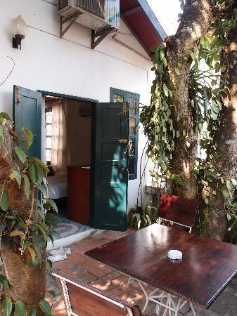 Sayo River Guest House: L'entrée de la chambre