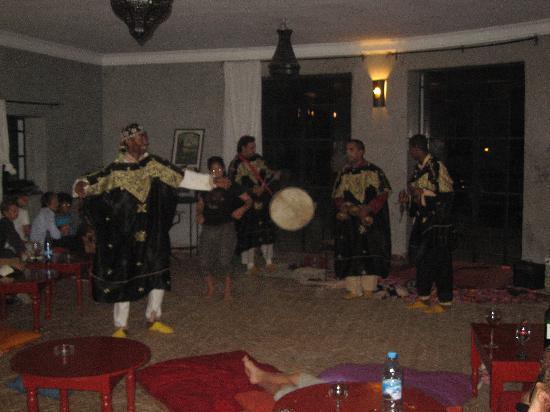Domaine de l'Arganeraie : Une soirée Gnaoua dans le Pool House