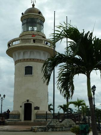 Las Peñas: Functioning lighthouse in case you need to climb a bit higher!
