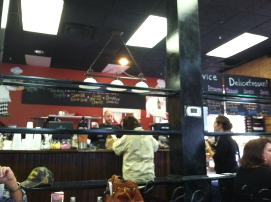 Little Brother's Bistro: Great Place for Lunch