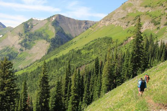 Fernie, Canada: Hiking the Mountain Lakes Trail