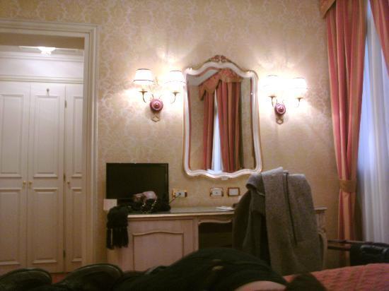 Hotel Antiche Figure: Room 214